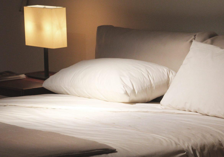 Almohada cama